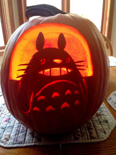 carved my neighbor Totoro pumpkin, which works as a lantern