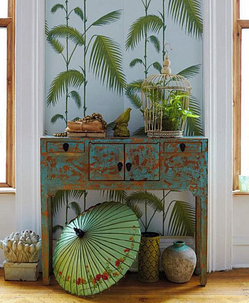 parasol and vases to infuse the interior with Asian touches
