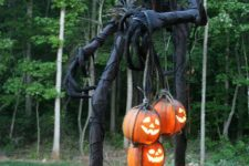 29 scary giant monster made of PVC pipes and jack-o-lanterns