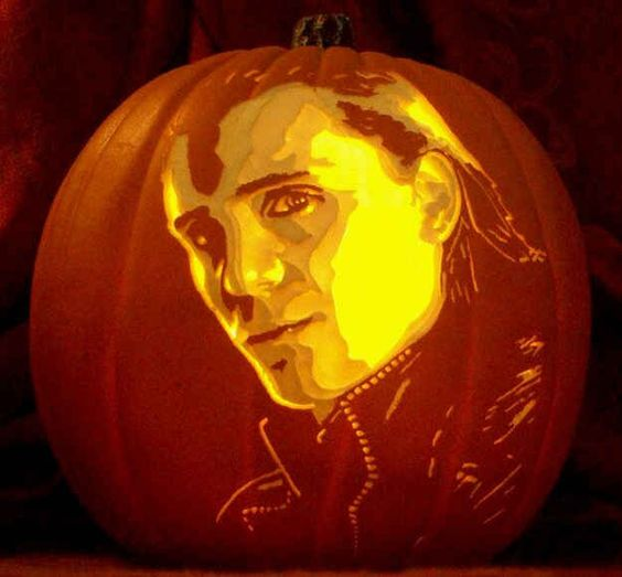 Tom Hiddleston as Loki carving