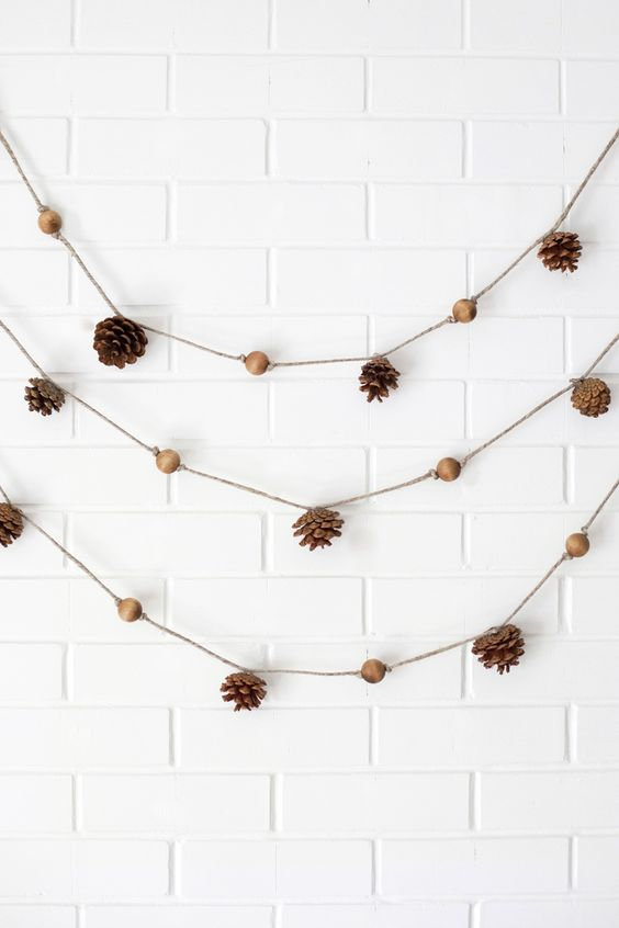 pinecone and wooden bead garland is perfect for the fall