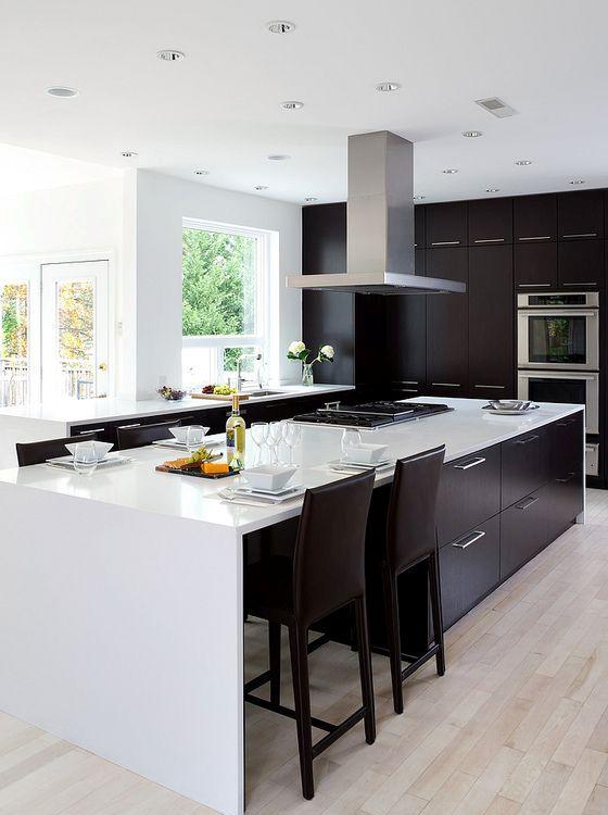 34 timelessly elegant black and white kitchens digsdigs for White kitchen black floor