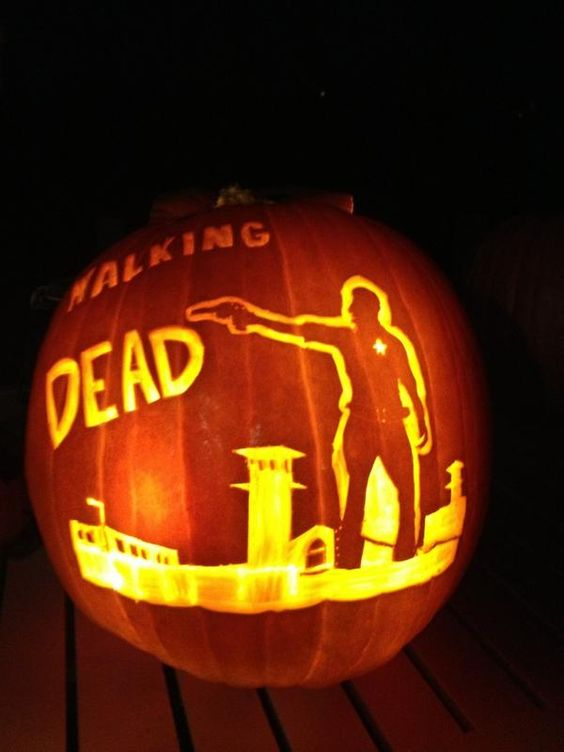 Walking Dead scene carving
