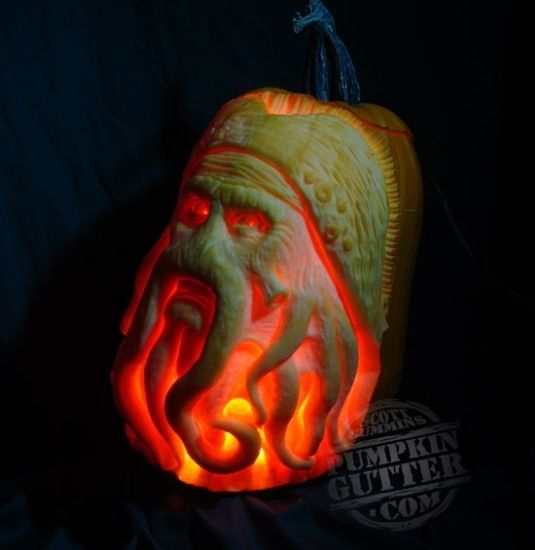 lit Davy Jones pumpkin carving
