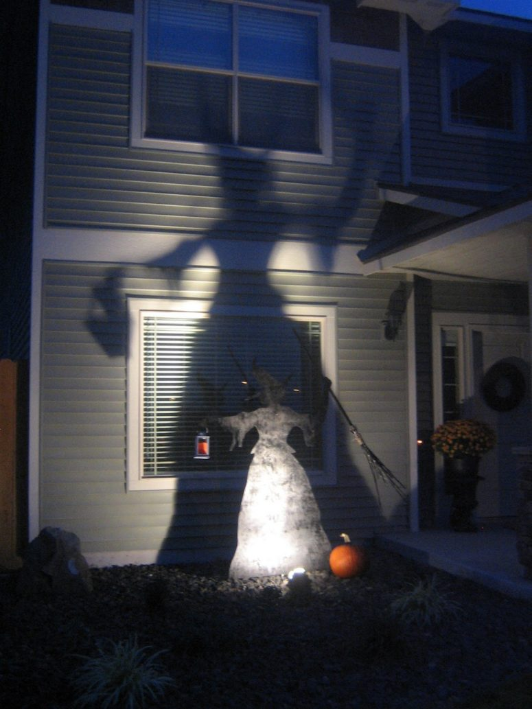 DIY Witch Silhouette. If you have a sheet of plywood and a jig saw you can make this cool thing in one evening. (via www.homeiswheretheyloveyou.com)