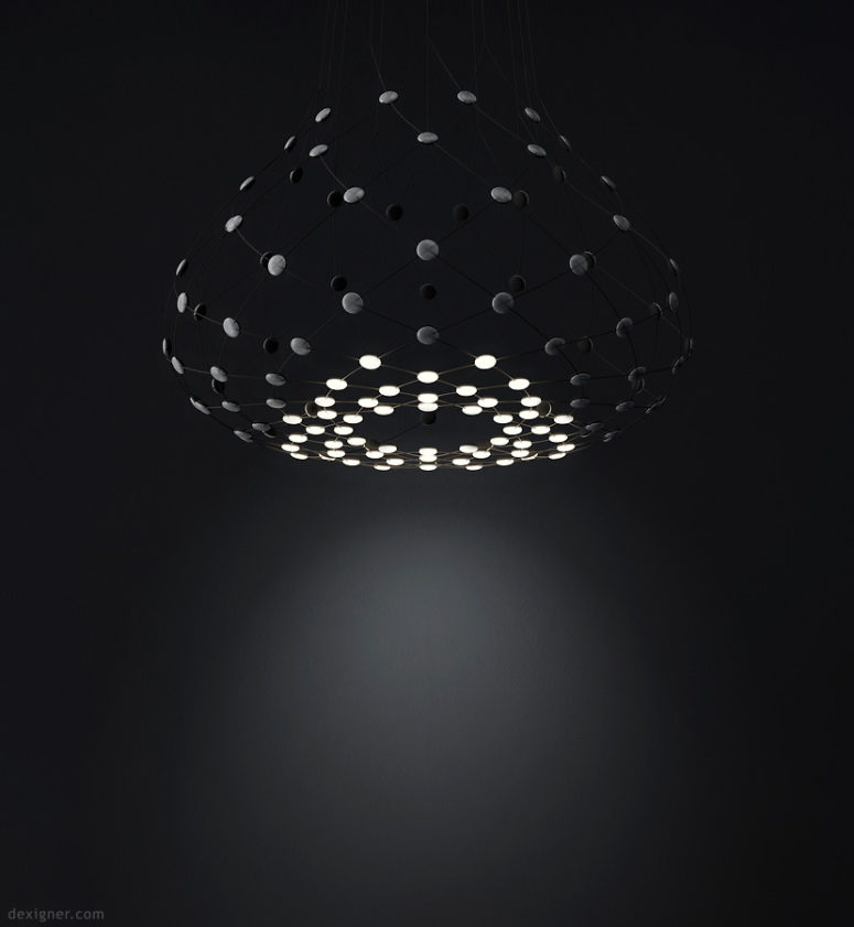 Upper ring, lower zone or lateral zone can be lit up acording to your wish