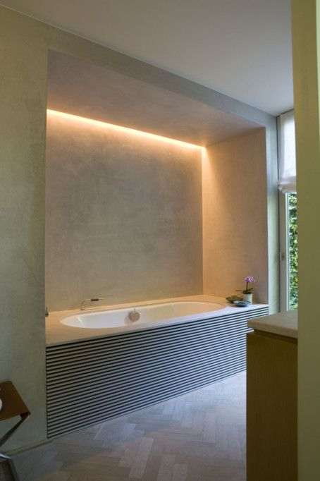 27 awesome hidden lighting ideas for every home digsdigs for Bathroom strip light