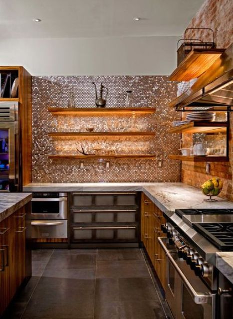 a metallic penny tile backsplash reflects the LED lights mounted under the shelves