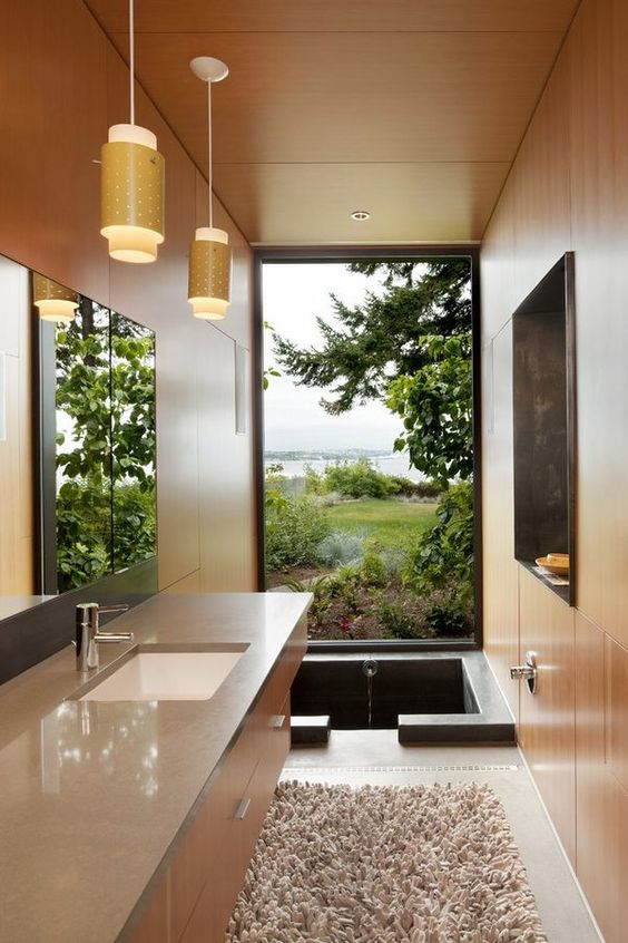 another type of soaking bathtub that can be shared