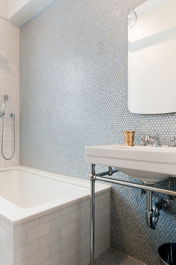 Penny Tiles In Blue Shades Done Right With Subway On The Bathtub