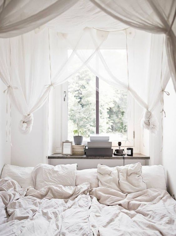 light and airy canopy tied into knots