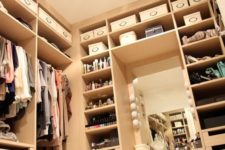 26 maximize the lights as much as possible to make a closet bigger and cozier