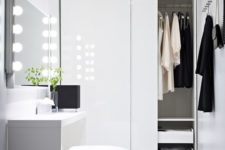 28 a mirror with lights will make you feel a super star