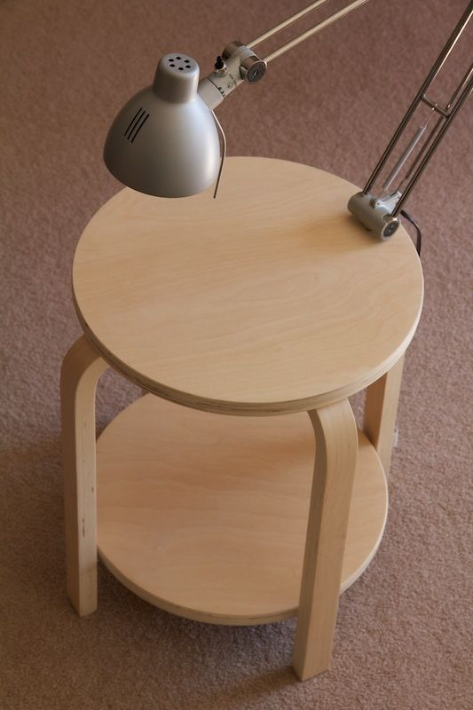 make a side table with two tops to accomodate more things, you just need two Frosta stools
