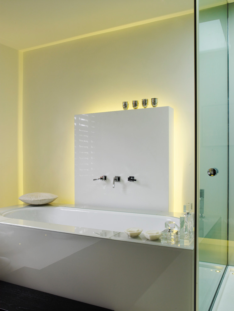 backlighting bath accessories is a great way to make them look dramatic (Kelly Hoppen London)