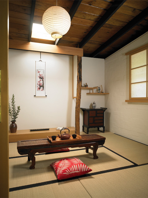 Turn a part of a living room into a japanese themed teahouse. (HartmanBaldwin Design/Build)