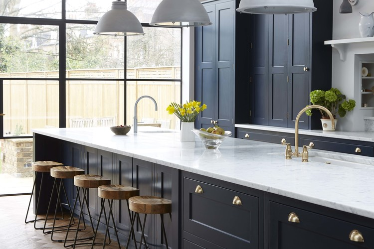Vintage Navy Kitchen Design With Brass Hardware