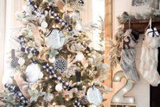 05 bold black and white Christmas tree decor, plaid monochrome textiles