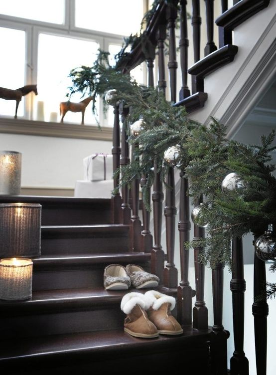 garland stairs staircase decorations banister decoration ornaments natural stair evergreen brown silver decor looks ornament scandinavian spindles interior chocolate baubles