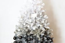 09 ombre black and white tree with corresponding glitter ornaments