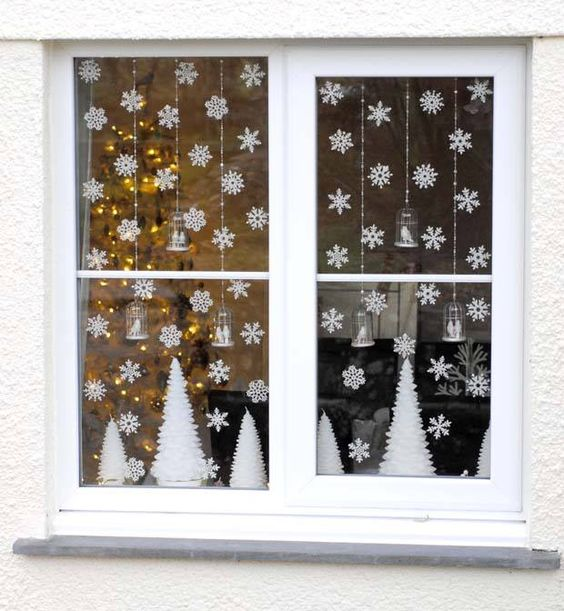 37 cute christmas window d corations digsdigs for Christmas window mural