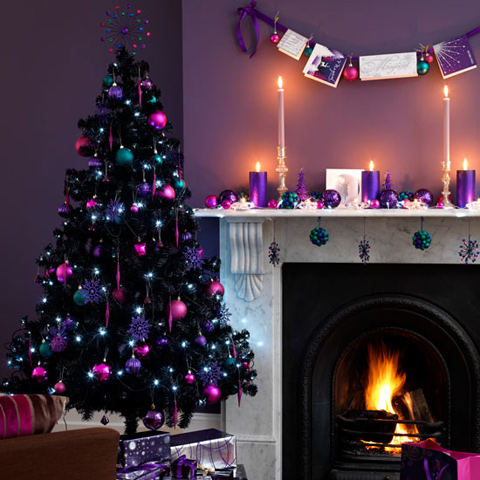 super bold decorations in purple, fuchsia and teal for colorful and cheerful Christmas