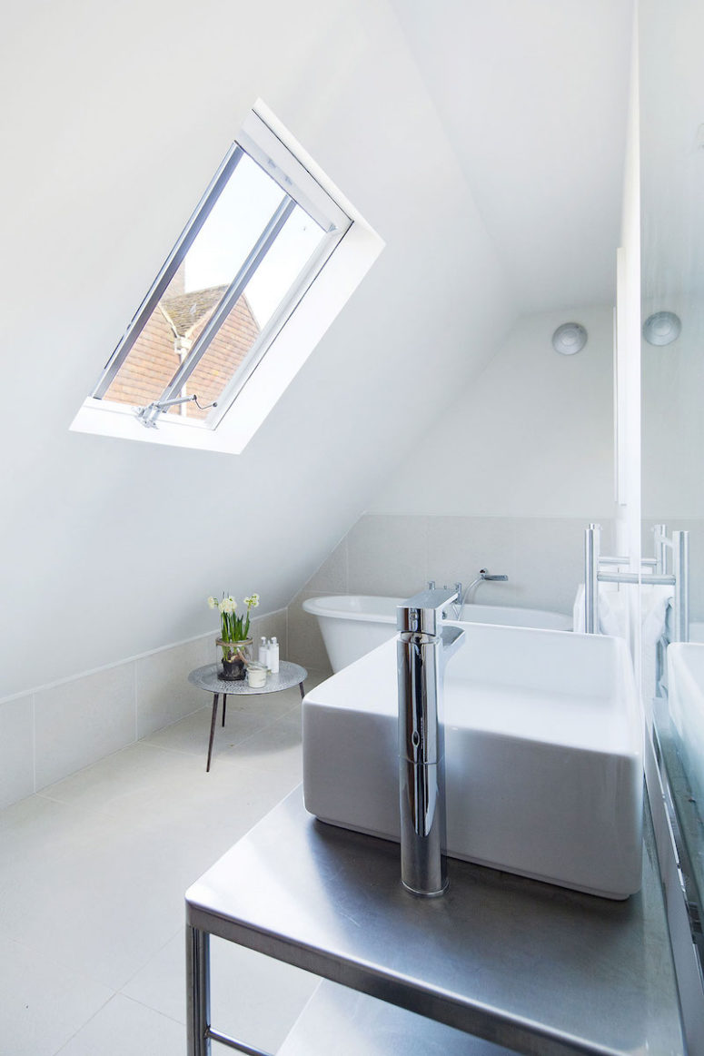 The bathroom is a nice example of how a small attic bathroom can be designed maximizing functionality