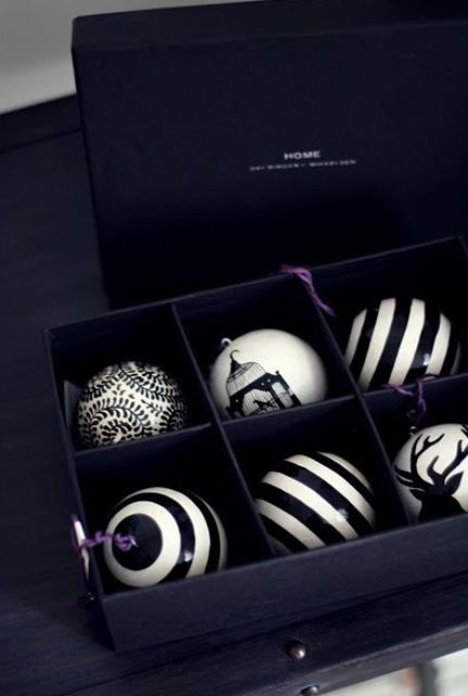 black and white Xmas baubles