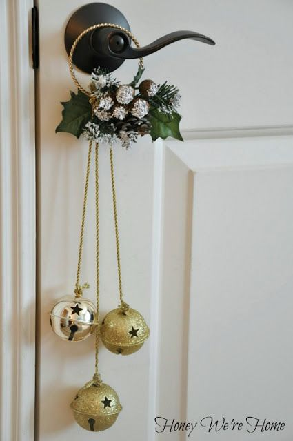 39 Christmas Door D 233 Cor Ideas That Aren T Wreaths Digsdigs