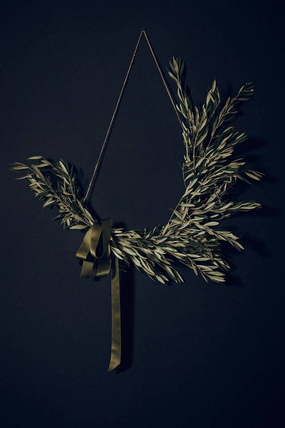olive branches with an olive green ribbon bow is a unique and eye-catchy decoration