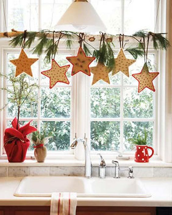 Christmas Decorations For Home Windows: 37 Cute Christmas Window Décorations