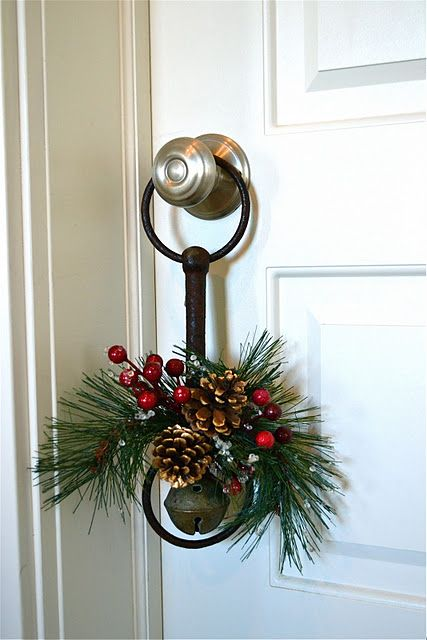 pinecone, berry and evergreen hanger