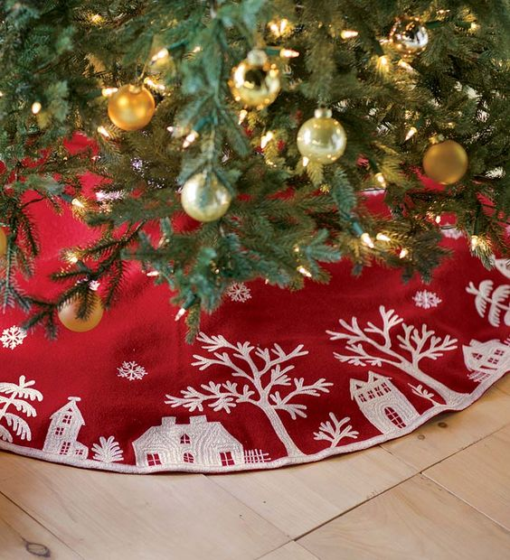 How to cover a christmas tree base ideas digsdigs