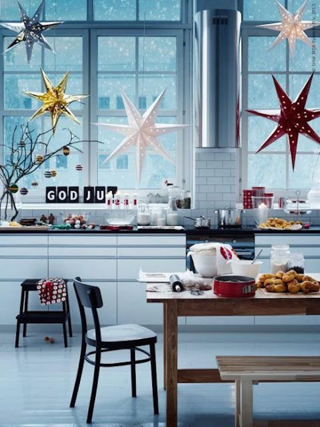 these IKEA star pendants create a stunning silhouette to add to your windows