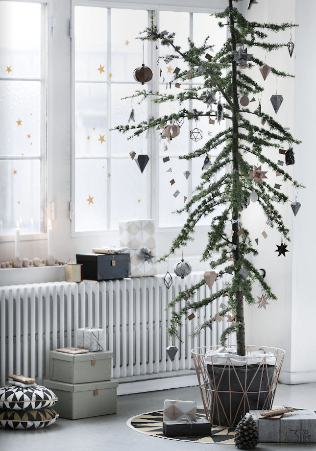 add an extra-special twinkle to your window with small gold star decals