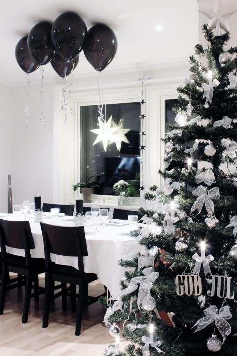 modern black and white Christmas decor, black balloons up
