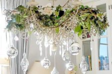 35 leaves, branches and silver ornaments for different decor