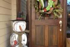 36 shabby snowman decoration made of reclaimed wood