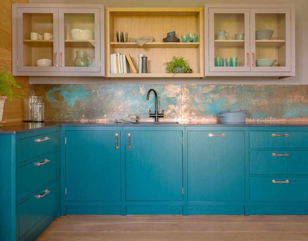 39 Trendy And Chic Copper Kitchen Backsplashes