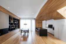 01 The new home design attempts to bring the outdoors in and to exploit the warmth of natural materials