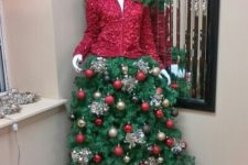 02 manequin Christmas tree with a red jacket and a tree skirt