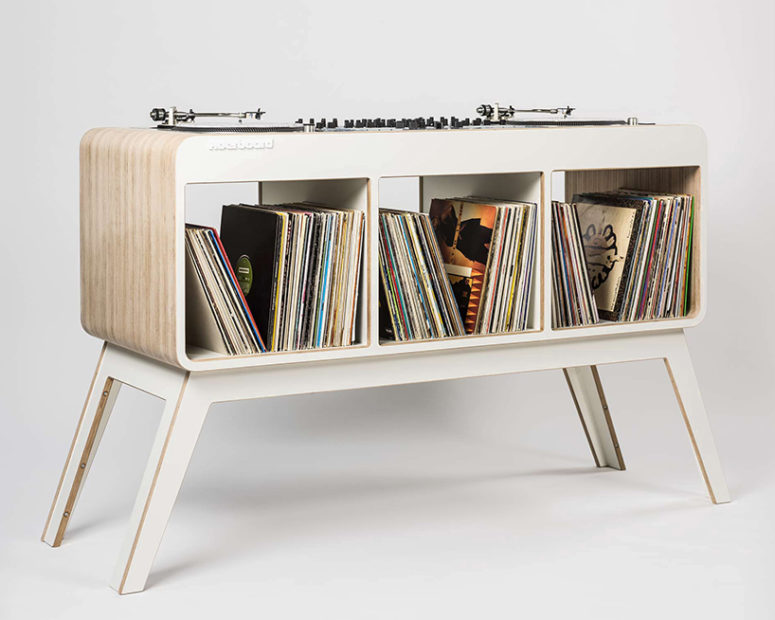The sideboard is functional and 1960s style looks refreshed and modern