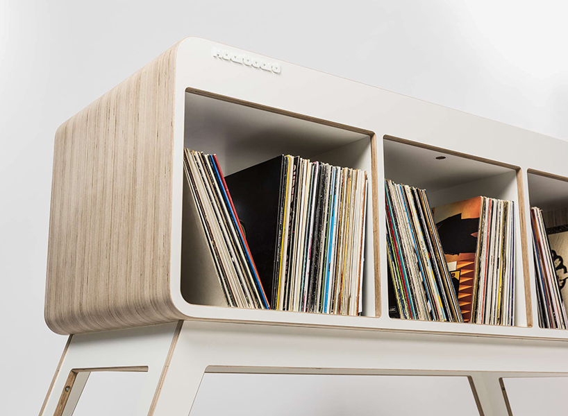If you love organizing parties at home, you just need this DJ workstation to make everyone amazed