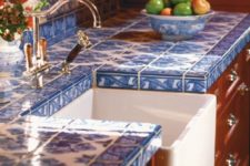 04 blue chinoiserie tiles to contrast with warm-colored furniture