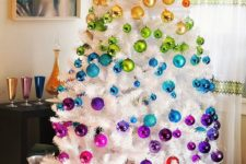 07 be bold this Christmas with a super colorful rainbow tree