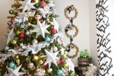 08 oversized star ornaments and colorful baubles