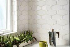 09 elongated hex tiles catch an eye