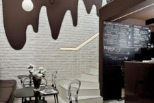 12 chocolate design for a coffee shop with cream drops