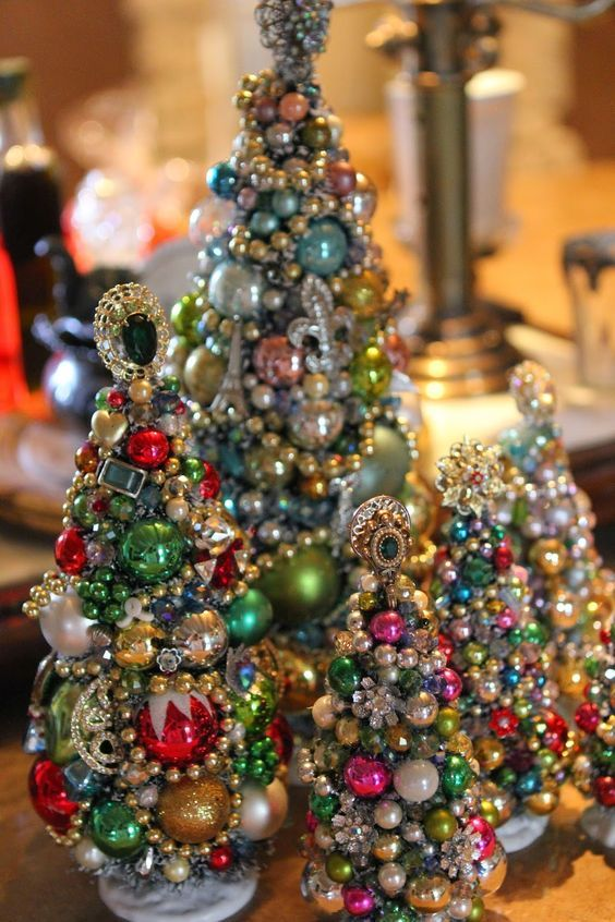 jewelry and beads Christmas tabletop trees