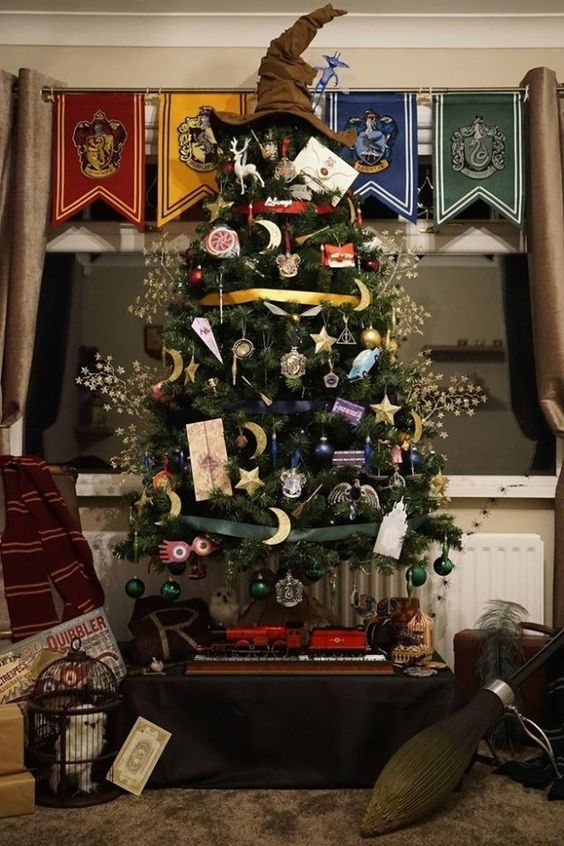 Harry Potter-themed Christmas tree